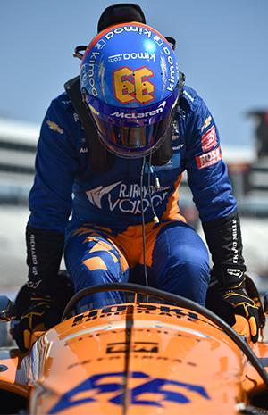 Fernando Alonso getting in car at Texas test