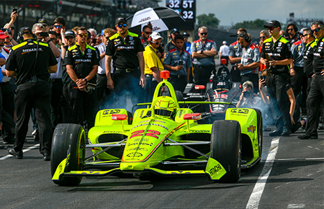 Simon Pagenaud leaves pits to qualify Fast Nine Shootout