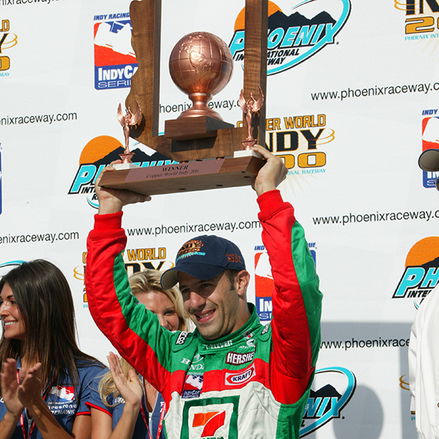 Kanaan won his second start as a 7-Eleven-sponsored driver at Phoenix in 2003.