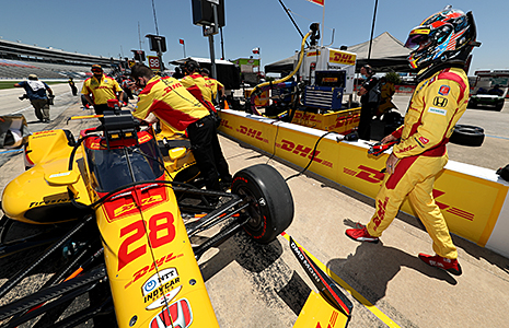 Ryan Hunter-Reay prepares to head on to the track