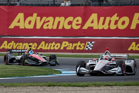 Will Power and Robert Wickens battle for the lead in 2018.