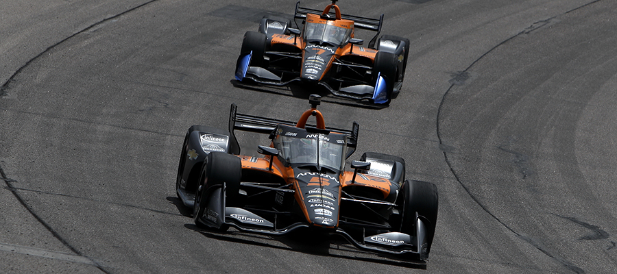 Pato O'Ward leads Oliver Askew on track at Iowa