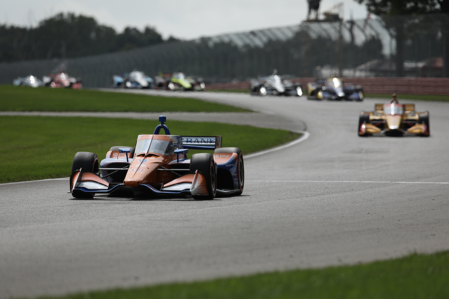 Scott Dixon leads at Mid-Ohio
