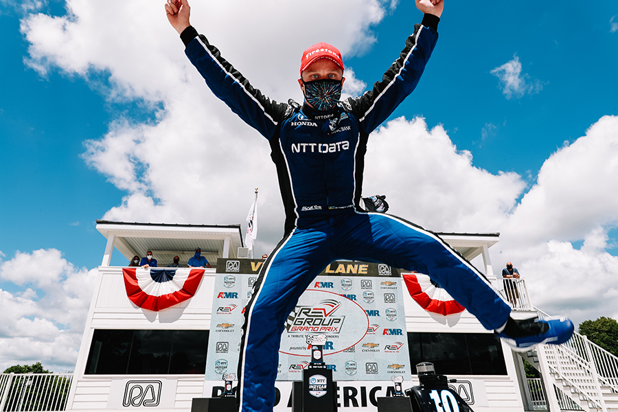 Felix Rosenqvist celebrates