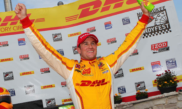 Ryan Hunter-Reay wins at Milwaukee