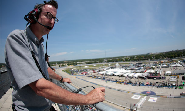 Spotter Guide importance at small tracks