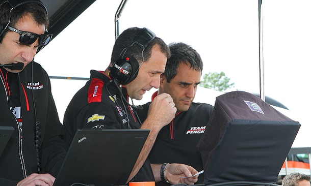 11-25-montoya-sees-initial-track-time