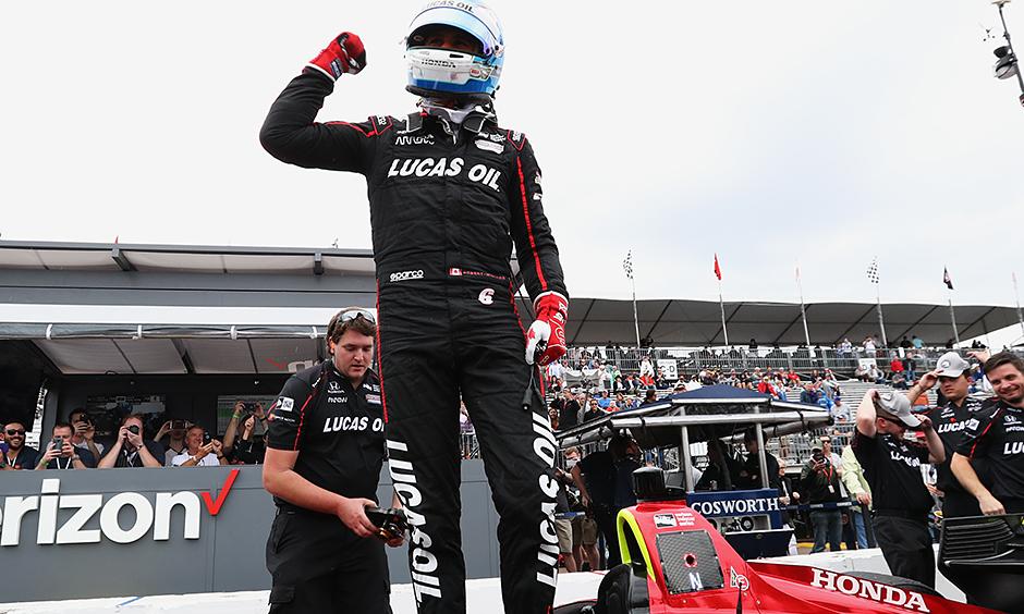 Dixon 6th in Indycar opener