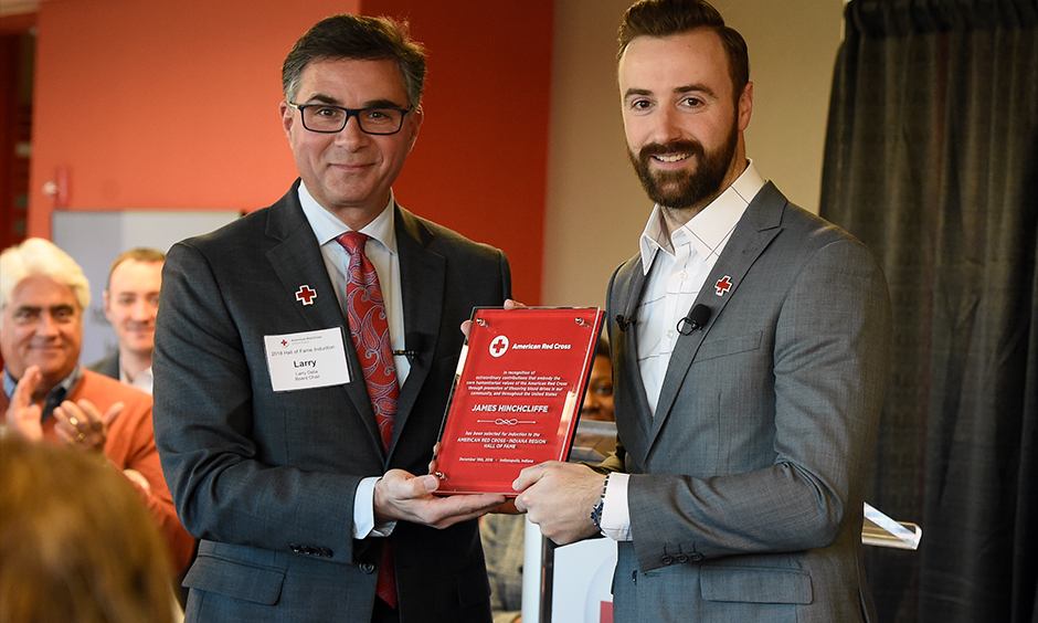 James Hinchcliffe and American Red Cross - Indiana Chapter Board Chairman Larry Delia