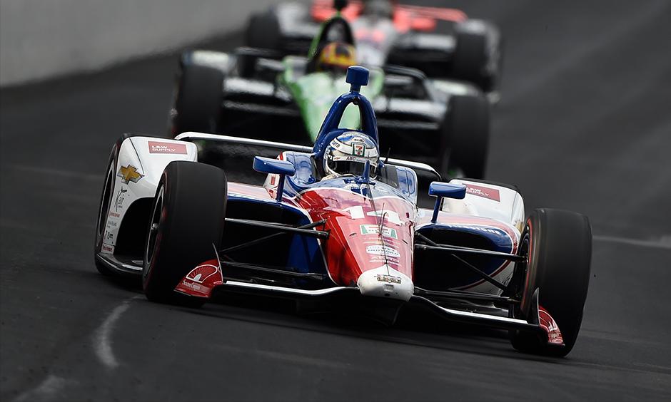 Tony Kanaan on track Indy 500 practice