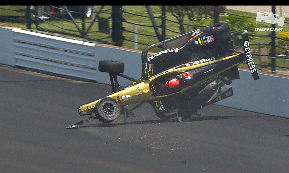 James Hinchcliffe crash Indy 500 qualifying