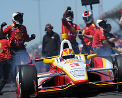 Castroneves and Team Penske win 2013 Pit Stop Challenge