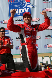 Carlos Munoz wins in Fontana
