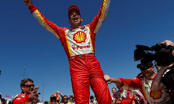 Helio Castroneves wins St. Pete