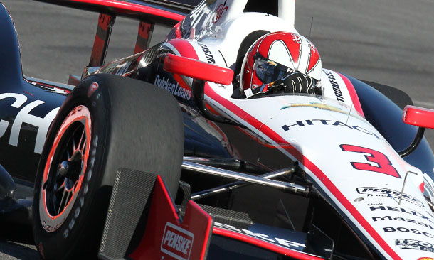 Helio Castroneves tops Heat Race Qualifying Session