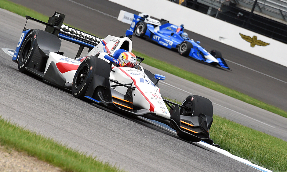 Penske power continues to overwhelm field at IndyCar GP